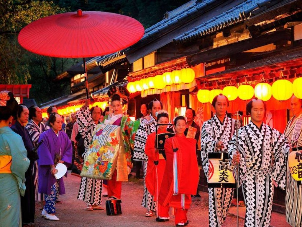 Meet Ninja and See Beautiful Nikko 2 Days Tour Package 6