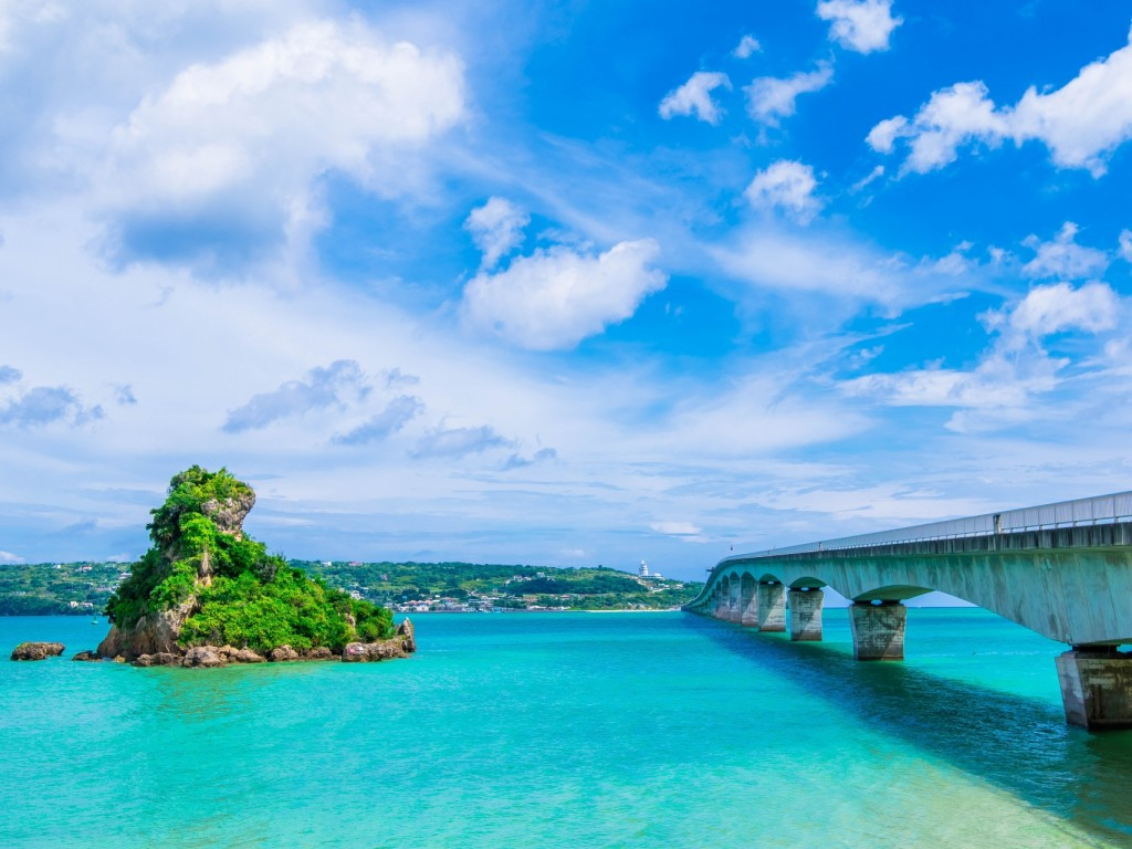 4D3N Cheap Bus Land Tour Package in Okinawa 3