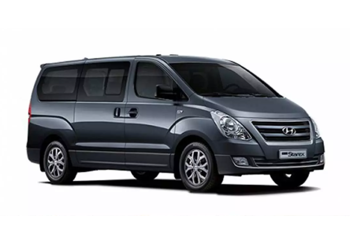 Korea / Seoul 9 seaters van 0