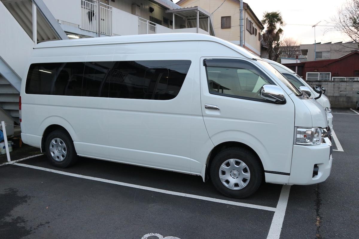 Osaka Toyota Hiace 5