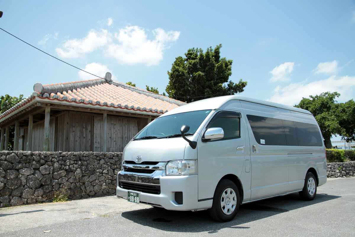 kyoto toyota hiace  taxi  airport transfer in kyoto